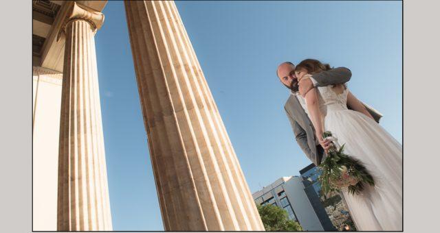 Γάμος στην Αθήνα και φωτογράφηση στο Πανεπιστήμιο